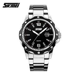 Casual Stainless Steel Analog Quartz Watch - Black