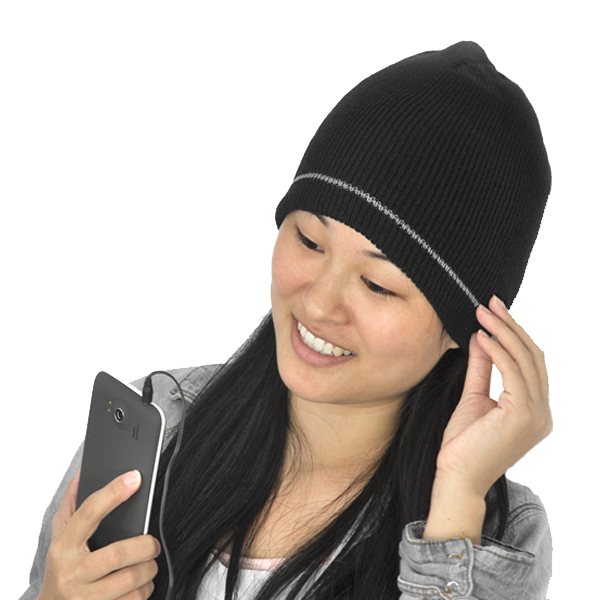 Bonnet with 3.5mm jack Built-in Headphones - Black
