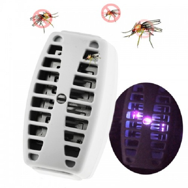 Socket TypebElectrical Mosquito Killer with 3 LED UV Lamp White