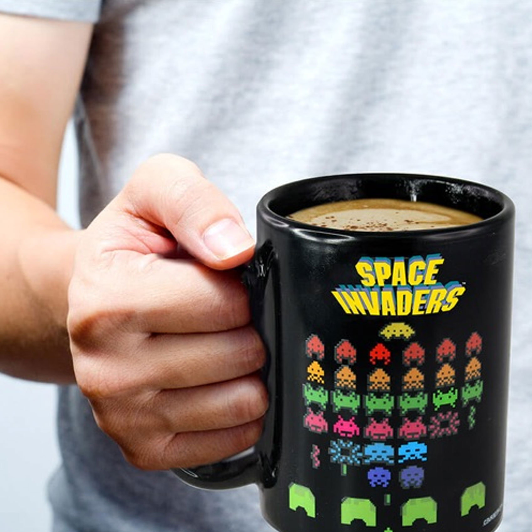 Space Invaders Heat Sensitive Color Changing Mug - Black