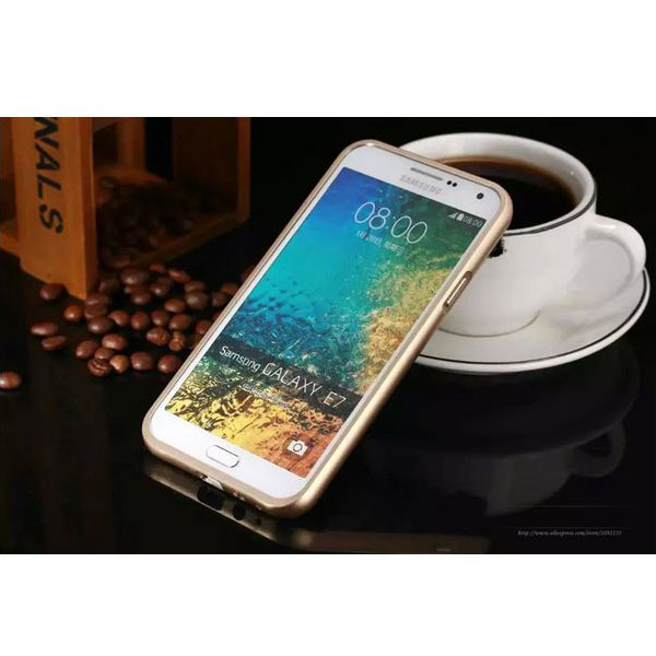 Smartphone Protection Case for Samsung E7 - Gold